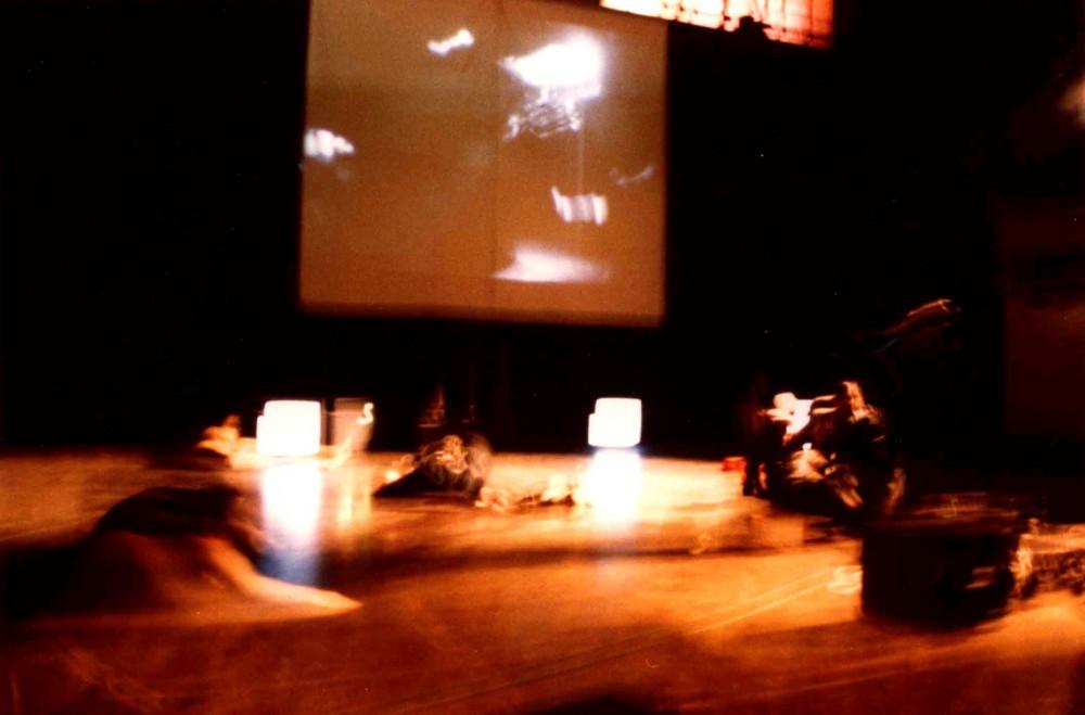 Histoire d'un homme, 1995,video-performance & choreographies, Theater Confluences, Paris, France